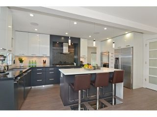 """Photo 7: 598 W 24TH Avenue in Vancouver: Cambie House for sale in """"DOUGLAS PARK"""" (Vancouver West)  : MLS®# V1125988"""