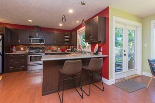 Photo 9: B 904 Old Esquimalt Rd in : Es Old Esquimalt Half Duplex for sale (Esquimalt)  : MLS®# 877246
