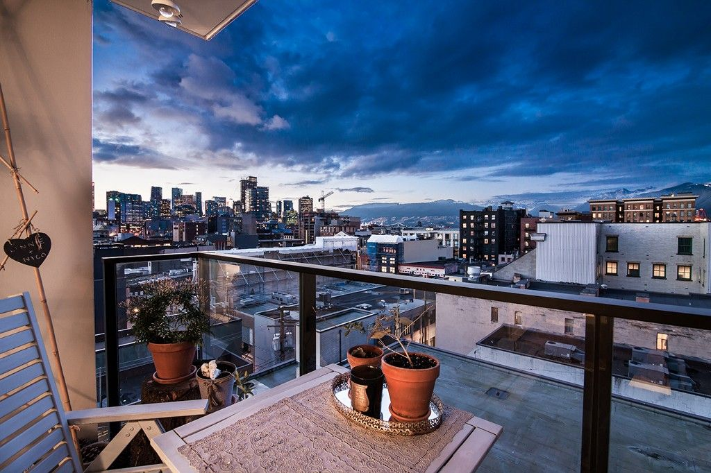 """Main Photo: 807 189 KEEFER Street in Vancouver: Downtown VE Condo for sale in """"KEEFER BLOCK"""" (Vancouver East)  : MLS®# R2142425"""