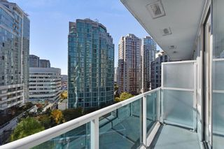 """Photo 12: 1102 788 HAMILTON Street in Vancouver: Downtown VW Condo for sale in """"TV TOWERS 1"""" (Vancouver West)  : MLS®# R2217324"""