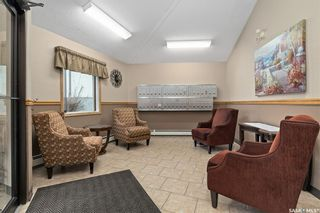 Photo 3: 206 103 Keevil Crescent in Saskatoon: Erindale Residential for sale : MLS®# SK842820