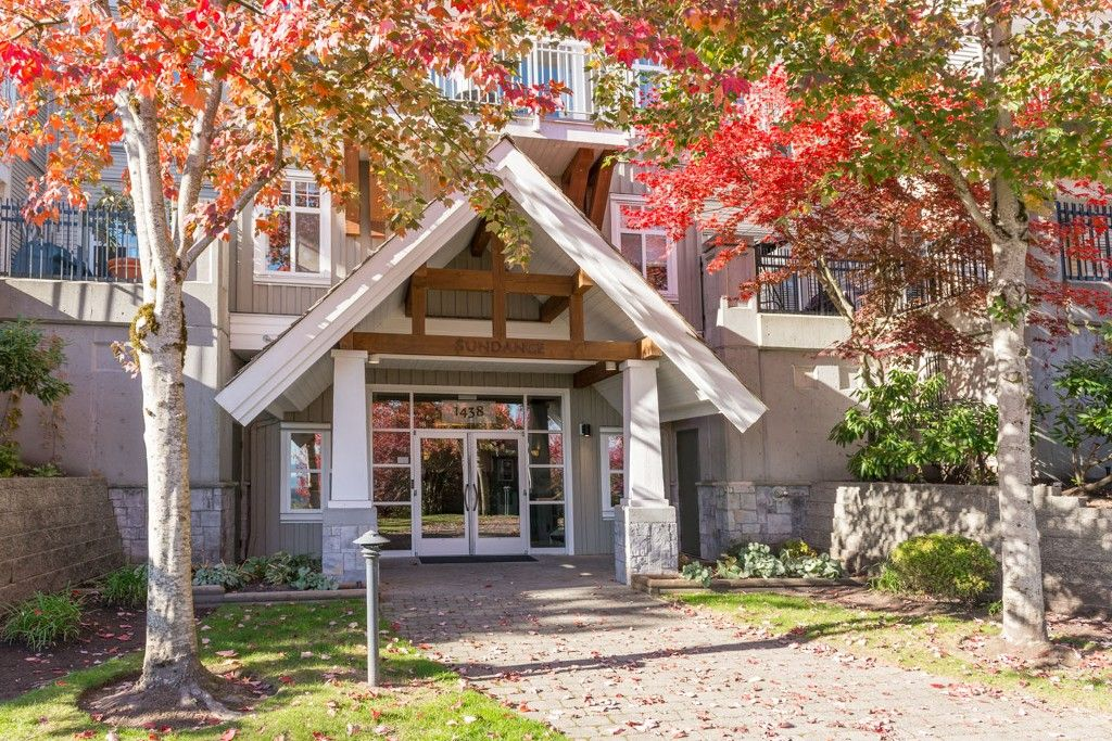 """Main Photo: 308 1438 PARKWAY Boulevard in Coquitlam: Westwood Plateau Condo for sale in """"MONTREAUX"""" : MLS®# R2030496"""