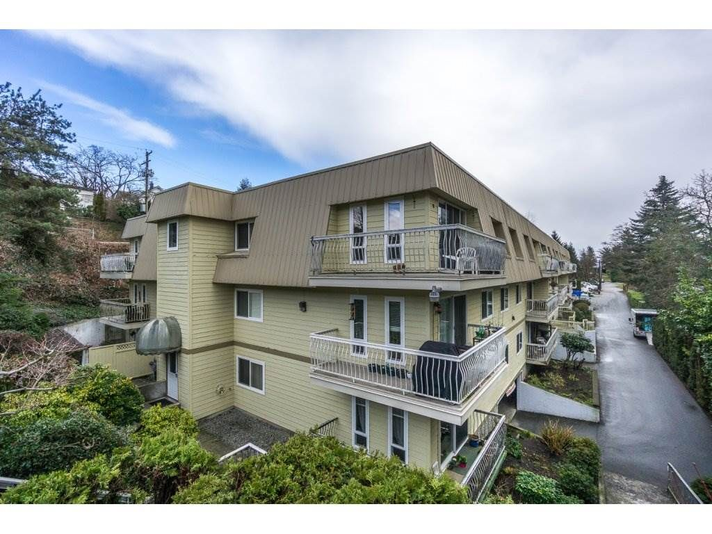 """Main Photo: 224 7436 STAVE LAKE Street in Mission: Mission BC Condo for sale in """"GLENKIRK COURT"""" : MLS®# R2143351"""