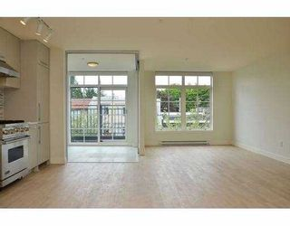 "Photo 6: 308 4355 W 10TH Avenue in Vancouver: Point Grey Condo for sale in ""IRON & WHYTE"" (Vancouver West)  : MLS®# V954621"