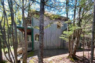 Photo 3: 161 Ovens Road in Feltzen South: 405-Lunenburg County Residential for sale (South Shore)  : MLS®# 202112849