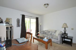 Photo 9: 10 18960 ADVENT ROAD in Pitt Meadows: Central Meadows Townhouse for sale : MLS®# R2077067