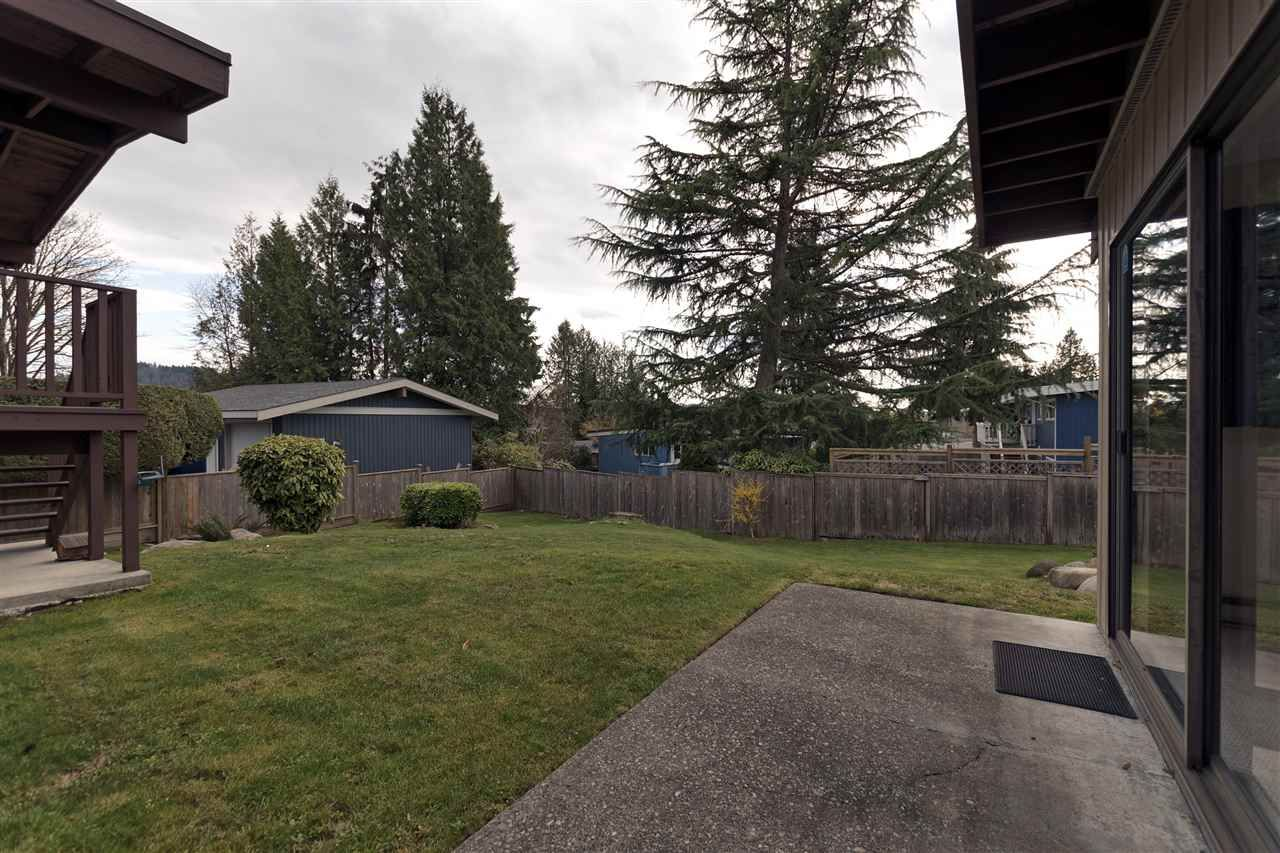 Photo 19: Photos: 2923 EDDYSTONE Crescent in North Vancouver: Windsor Park NV House for sale : MLS®# R2253154