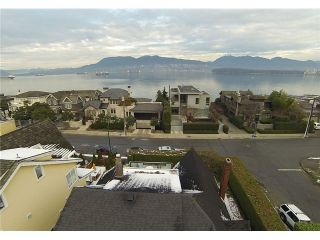 """Main Photo: 2956 POINT GREY Road in Vancouver: Kitsilano House for sale in """"THE GOLDEN MILE"""" (Vancouver West)  : MLS®# V1095773"""