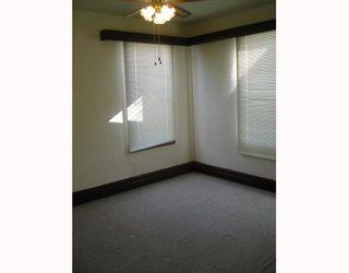 Photo 6: 826 STELLA Avenue in WINNIPEG: North End Residential for sale (North West Winnipeg)  : MLS®# 2904842