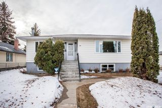 Photo 1: 801 N Avenue South in Saskatoon: King George Residential for sale : MLS®# SK845571