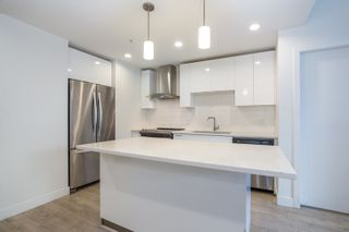 Photo 6: 112 719 W 3RD Street in North Vancouver: Harbourside Condo for sale : MLS®# R2420428