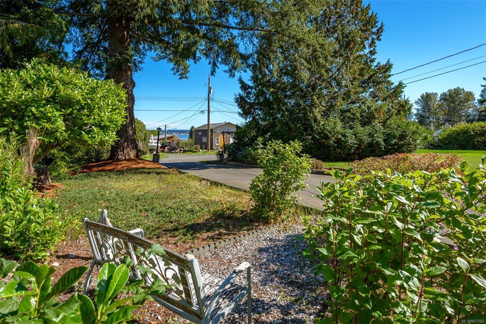 Photo 56: Photos: 4241 Buddington Rd in : CV Courtenay South House for sale (Comox Valley)  : MLS®# 857163