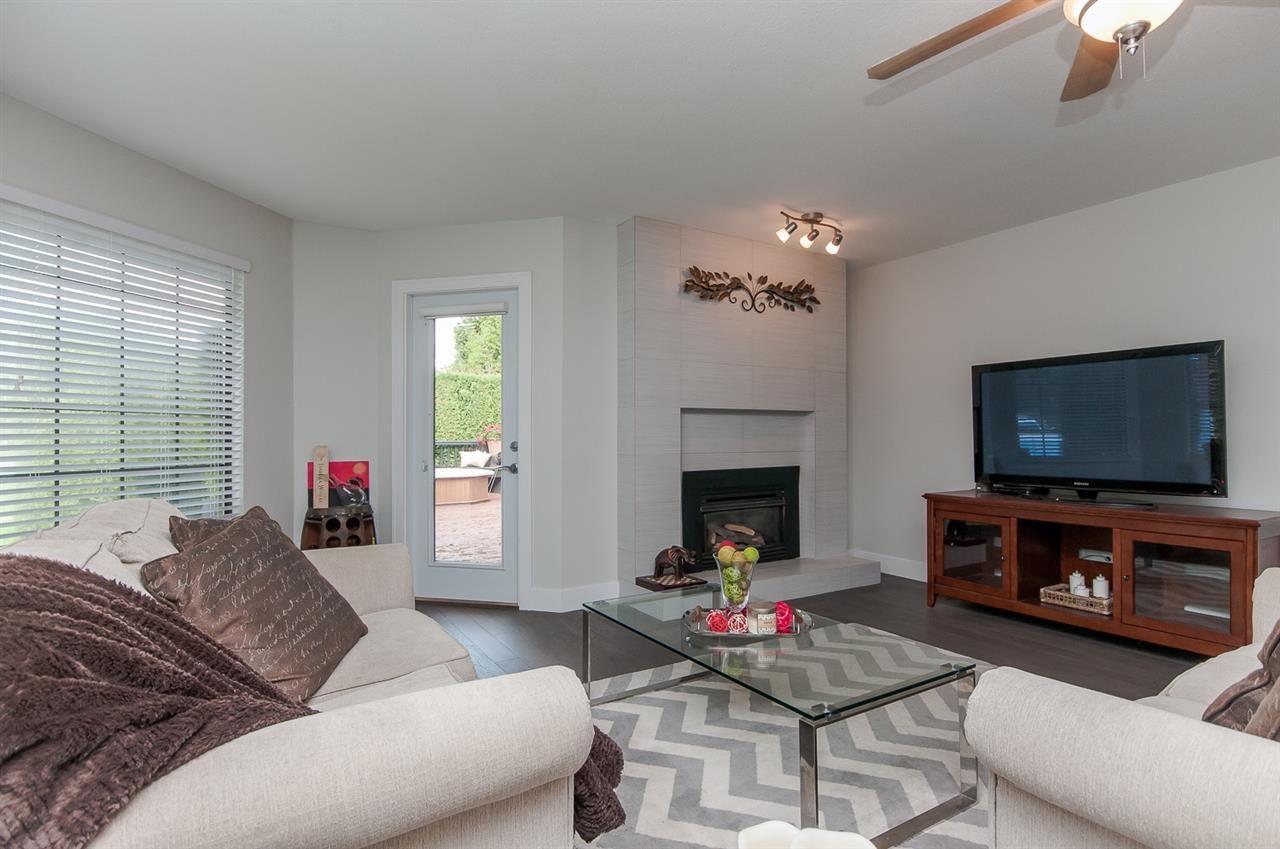 "Photo 7: Photos: 10626 FRASERGLEN Drive in Surrey: Fraser Heights House for sale in ""Fraser Glen"" (North Surrey)  : MLS®# R2002623"
