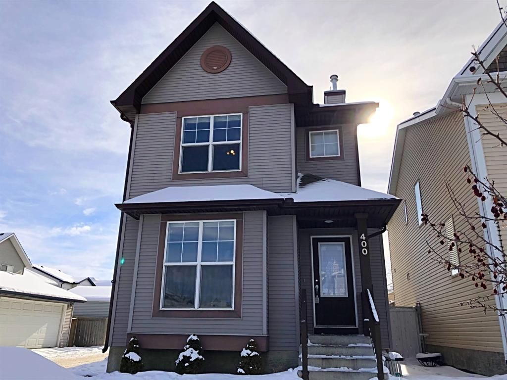 Main Photo: 400 Prestwick Circle SE in Calgary: McKenzie Towne Detached for sale : MLS®# A1070379