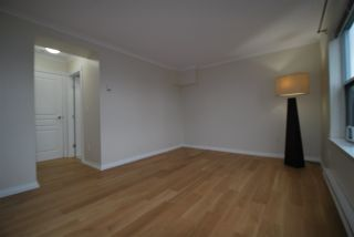 """Photo 8: 403 4181 NORFOLK Street in Burnaby: Central BN Condo for sale in """"Norfolk Place"""" (Burnaby North)  : MLS®# R2521376"""