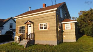 FEATURED LISTING: 6588 Highway 3 Lower Woods Harbour