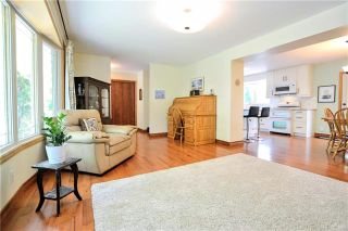 Photo 3: 736 Vimy Road in Winnipeg: Crestview Residential for sale (5H)  : MLS®# 1917934