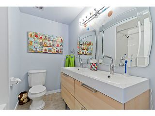 """Photo 15: 1072 LILLOOET Road in North Vancouver: Lynnmour Townhouse for sale in """"LILLOOET PLACE"""" : MLS®# V1048162"""