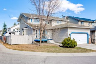 Photo 2: 205 Hawkmount Close NW in Calgary: Hawkwood Detached for sale : MLS®# A1092533