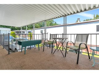 """Photo 5: 328 1840 160 Street in Surrey: King George Corridor Manufactured Home for sale in """"BREAKAWAY BAYS"""" (South Surrey White Rock)  : MLS®# R2593768"""