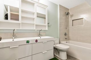 Photo 32: 64 strathlea Place SW in Calgary: Strathcona Park Detached for sale : MLS®# A1117847
