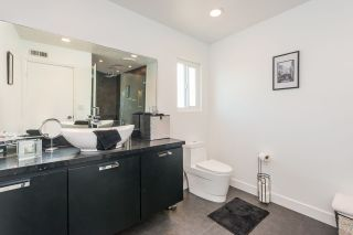 Photo 16: PARADISE HILLS Townhouse for sale : 3 bedrooms : 1934 Manzana Way in San Diego
