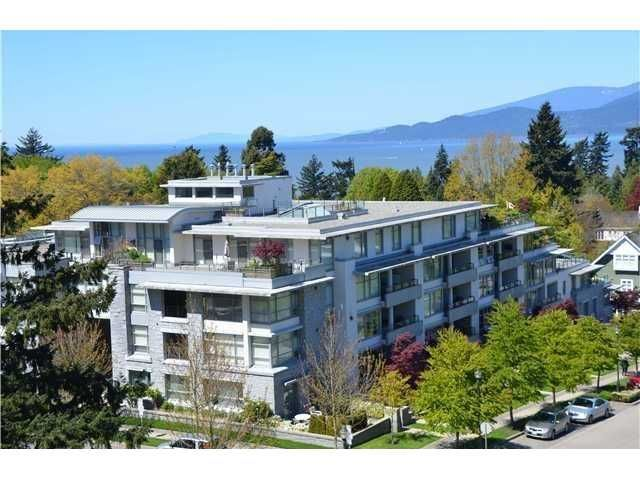 "Main Photo: 213 6015 IONA Drive in Vancouver: University VW Condo for sale in ""CHANCELLOR HOUSE"" (Vancouver West)  : MLS®# V1052273"