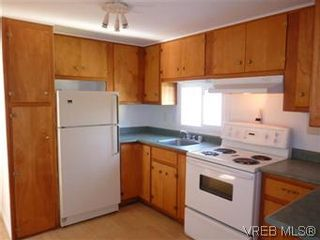 Photo 3: 24 2615 Otter Point Rd in SOOKE: Sk Broomhill Manufactured Home for sale (Sooke)  : MLS®# 569509