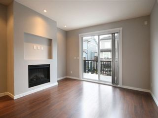 Photo 4: 31 688 EDGAR AVENUE in Coquitlam: Coquitlam West Townhouse for sale : MLS®# R2043945
