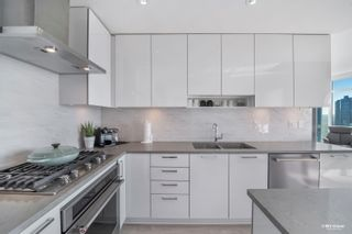 """Photo 13: 4010 1788 GILMORE Avenue in Burnaby: Brentwood Park Condo for sale in """"ESCALA"""" (Burnaby North)  : MLS®# R2615776"""
