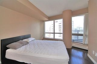 Photo 15: 1804 1078 6 Avenue SW in Calgary: Downtown West End Apartment for sale : MLS®# C4289018