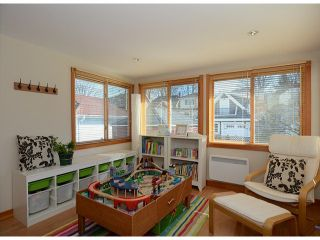 """Photo 9: 38 W 20TH Avenue in Vancouver: Cambie House for sale in """"CAMBIE VILLAGE"""" (Vancouver West)  : MLS®# V1053953"""