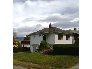 Photo 2: 2505 E 19TH Avenue in Vancouver: Renfrew Heights House for sale (Vancouver East)  : MLS®# V827171