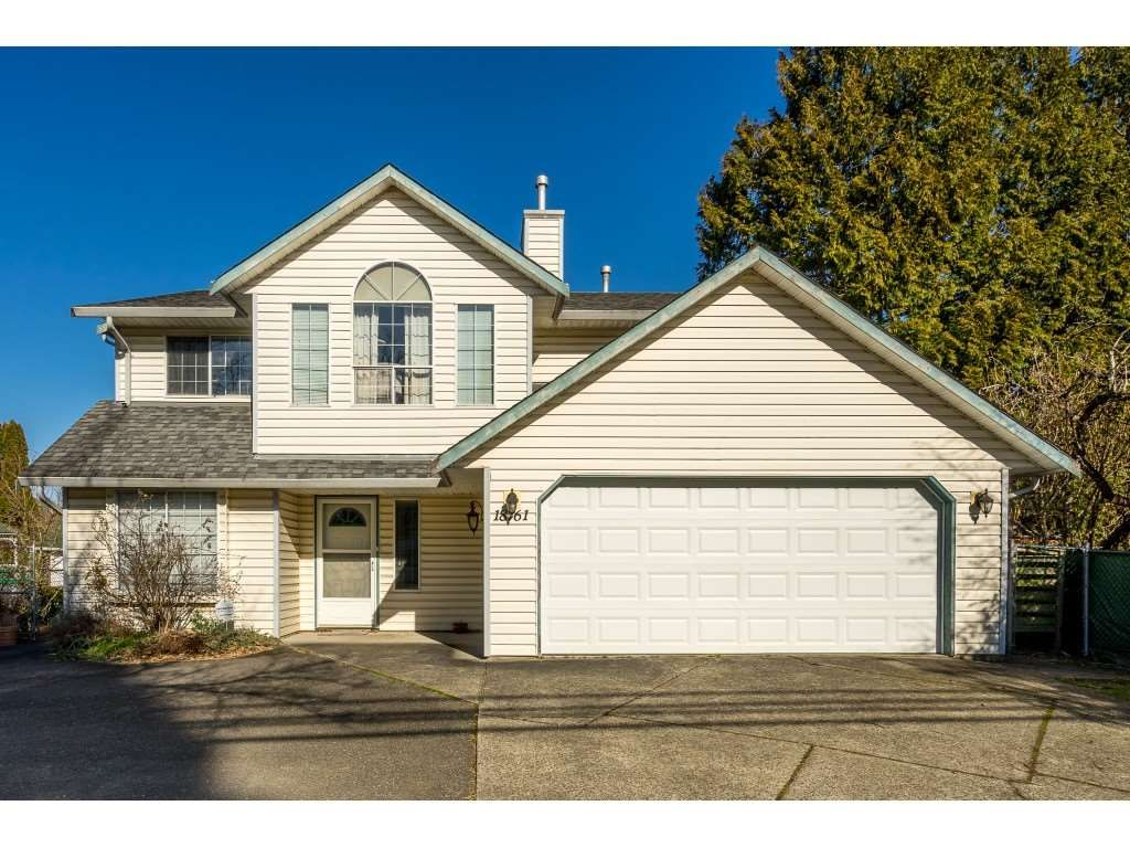 Main Photo: 18761 60TH Avenue in Surrey: Cloverdale BC House for sale (Cloverdale)  : MLS®# R2438369