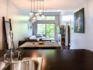"Photo 8: 404 7418 BYRNEPARK Walk in Burnaby: South Slope Condo for sale in ""GREEN"" (Burnaby South)  : MLS®# R2466553"