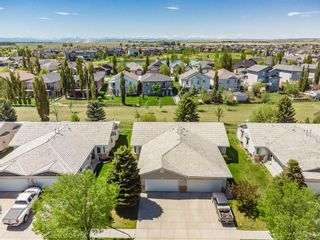 Photo 2: 601 Riverside Drive NW: High River Semi Detached for sale : MLS®# A1115935