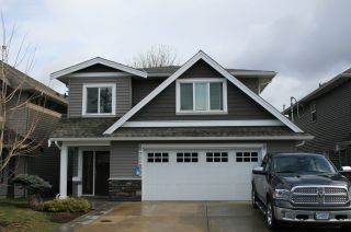 Photo 1: 7118 ROCHESTER Avenue in Chilliwack: Sardis West Vedder Rd House for sale (Sardis)  : MLS®# R2624871