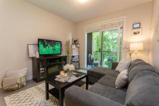 """Photo 3: 206 20058 FRASER Highway in Langley: Langley City Condo for sale in """"Varsity"""" : MLS®# R2587744"""