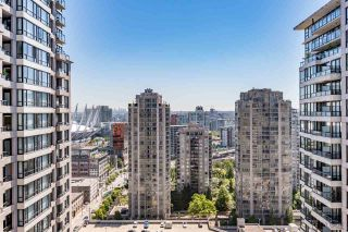 """Photo 10: 2308 928 HOMER Street in Vancouver: Yaletown Condo for sale in """"YALETOWN PARK"""" (Vancouver West)  : MLS®# R2181999"""