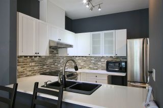"""Photo 5: 404 5605 HAMPTON Place in Vancouver: University VW Condo for sale in """"THE PEMBERLY"""" (Vancouver West)  : MLS®# R2530151"""