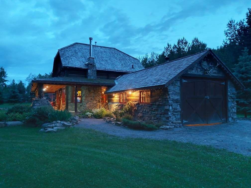 Main Photo: 576 Poplar Bay: Rural Wetaskiwin County House for sale : MLS®# E4241359