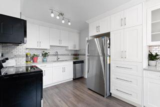 Photo 3: 11311 111A Avenue in Edmonton: Zone 08 House for sale : MLS®# E4257063