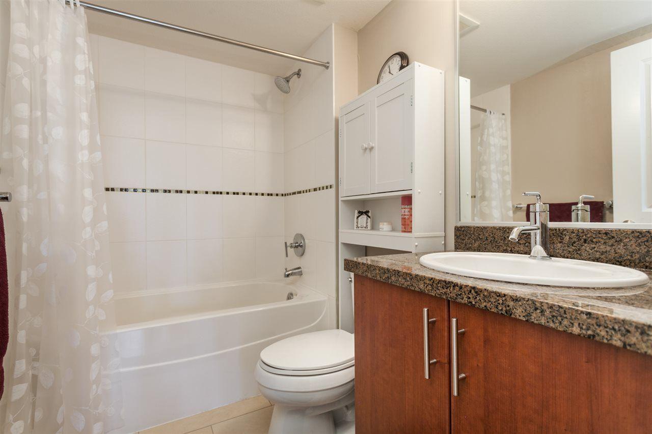 "Photo 10: Photos: 108 12075 228 Street in Maple Ridge: East Central Condo for sale in ""RIO"" : MLS®# R2165368"