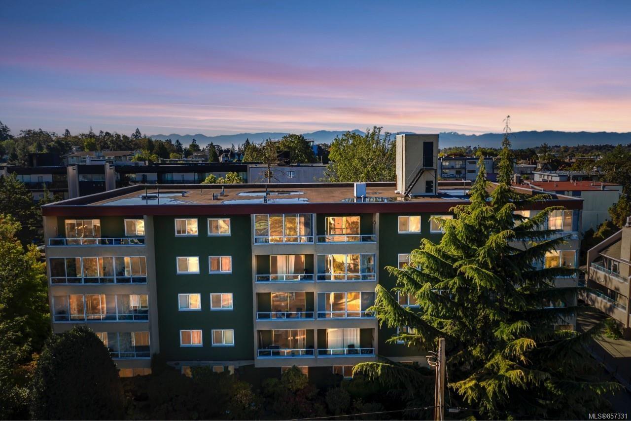 Main Photo: 505 1235 Johnson St in : Vi Downtown Condo for sale (Victoria)  : MLS®# 857331