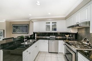 """Photo 19: 39 3405 PLATEAU Boulevard in Coquitlam: Westwood Plateau Townhouse for sale in """"PINNACLE RIDGE"""" : MLS®# R2465579"""