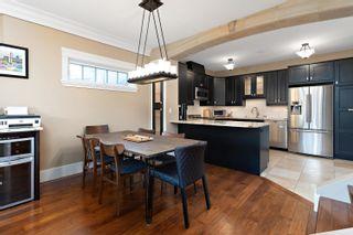 Photo 2: 10654 65 Avenue in Edmonton: Zone 15 House Half Duplex for sale : MLS®# E4266284