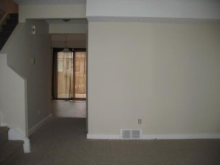 Photo 4: 91 FALSHIRE Terrace NE in CALGARY: Falconridge Townhouse for sale (Calgary)  : MLS®# C3546557
