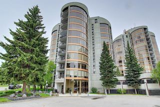 Photo 1: 162 10 Coachway Road SW in Calgary: Coach Hill Apartment for sale : MLS®# A1116907
