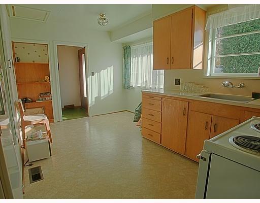 Photo 5: Photos: 7327 PANDORA Street in Burnaby: Westridge BN House for sale (Burnaby North)  : MLS®# V703371