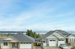 Photo 2: 879 Timberline Dr in : CR Campbell River Central House for sale (Campbell River)  : MLS®# 869078